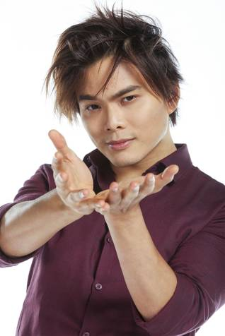 Shin Lim at Keller Auditorium